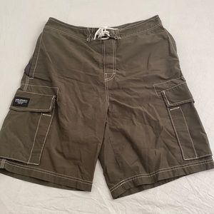Old Navy army green unlined swim board shorts M